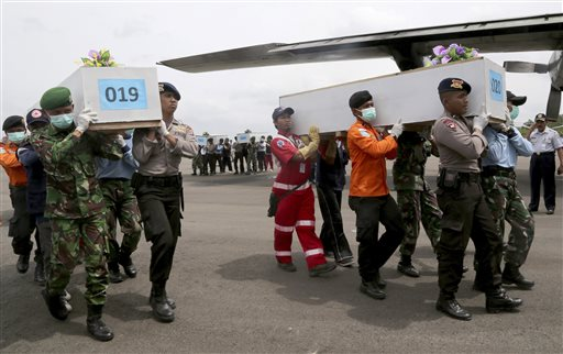 Four Large Objects Detected In Airasia Wreckage Hunt