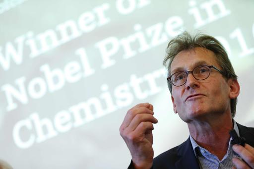 Three Win Nobel Chemistry Prize For World S Tiniest