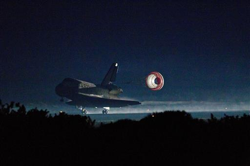 Five years after shuttle, NASA awaits commercial crew ...