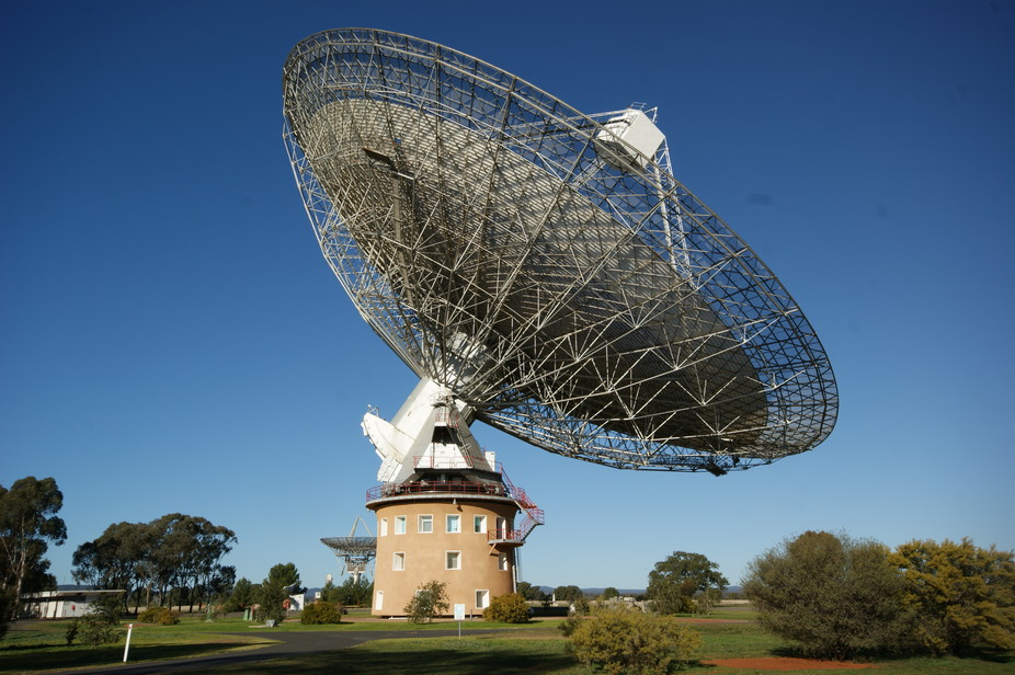 Are Aliens Trying To Tell Us Something Brightest Burst Of Radio