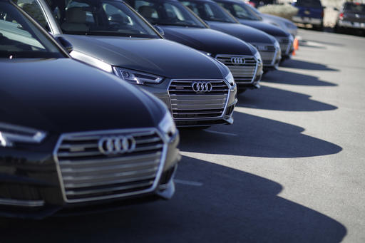 Car Company Offering Red Lightreading Vehicles In Las Vegas - Audi las vegas