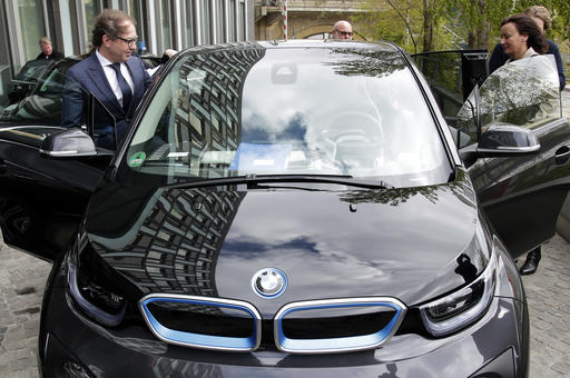 germany to subsidize electric cars to help own auto industry. Black Bedroom Furniture Sets. Home Design Ideas