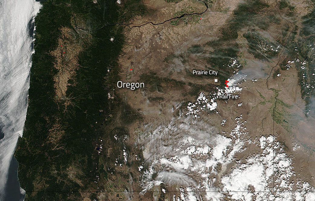 Image Rail Fire In Oregon Still Burning Bright