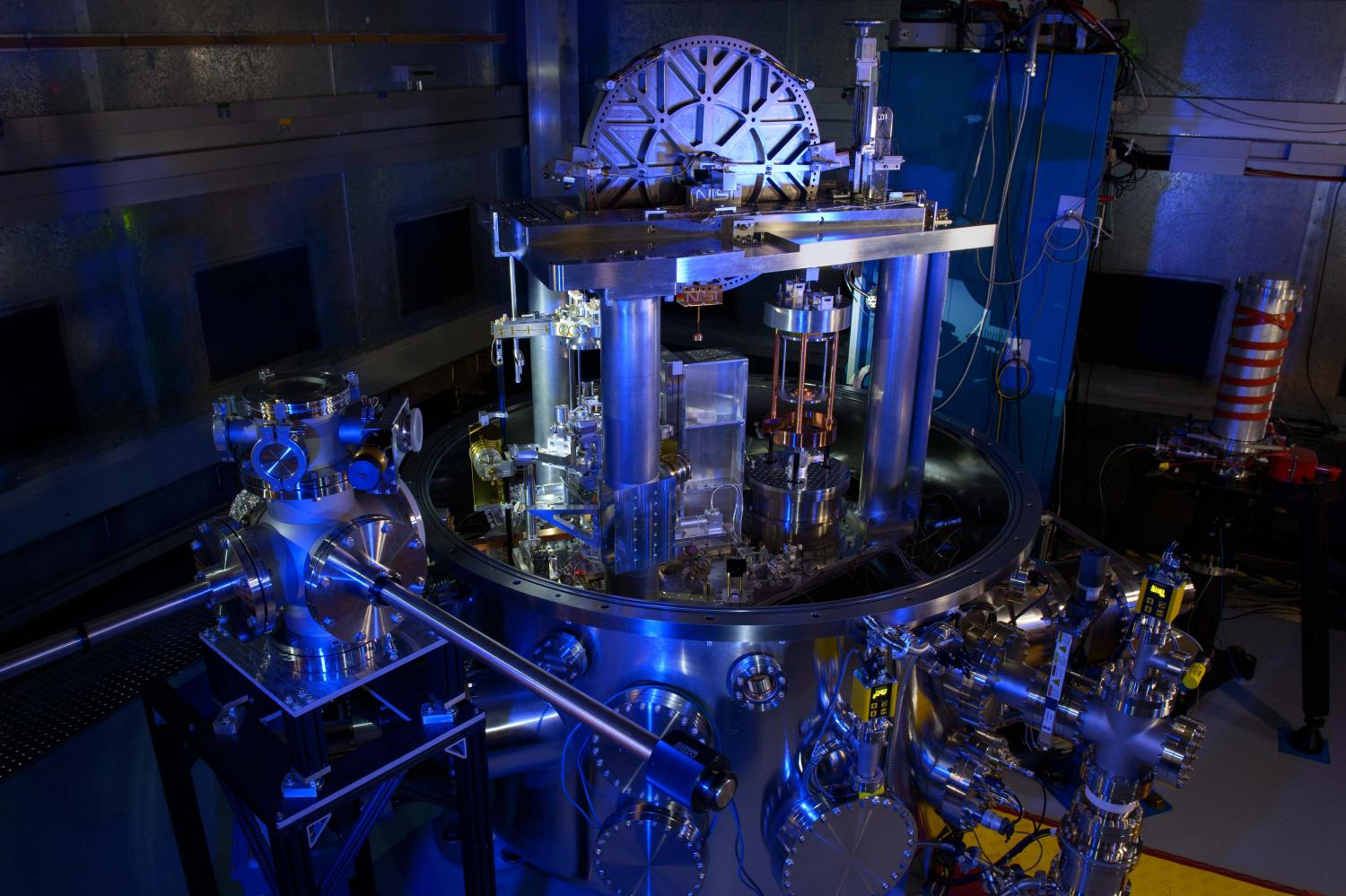 Why scientists are redefining the kilogram