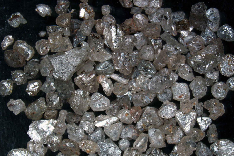 The eureka diamond -  Superdeep Diamonds Provide New Insight Into Earth S Carbon Cycle