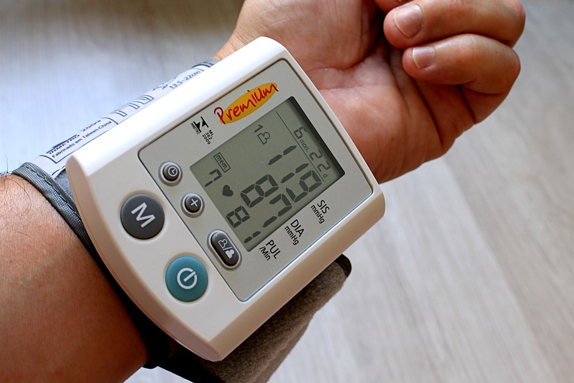 New Blood Pressure Guidelines Could Put Lives At Risk Say Experts