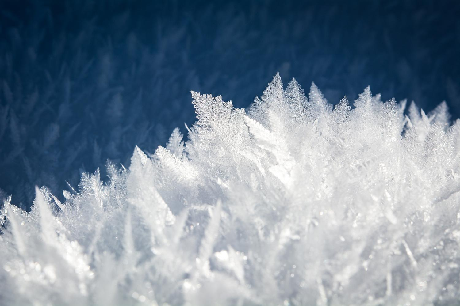 Alien ice on Earth: Scientists discover how dense ...