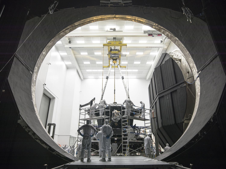 NASA's Apollo-era test chamber now James Webb Space ...