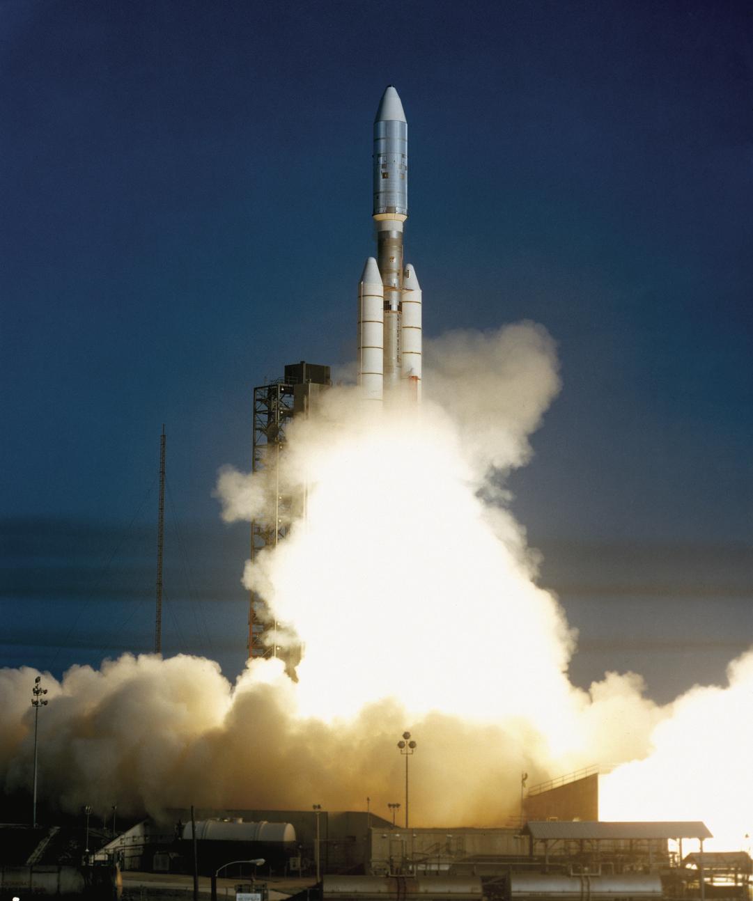 Voyager 2 Launches Aboard Titan Centaur Rocket Credit Nasa Jpl