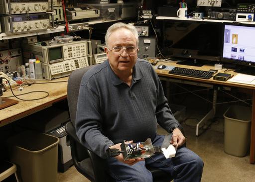 What S The Buzz Pot Growing Lights Vex Ham Radio Operators