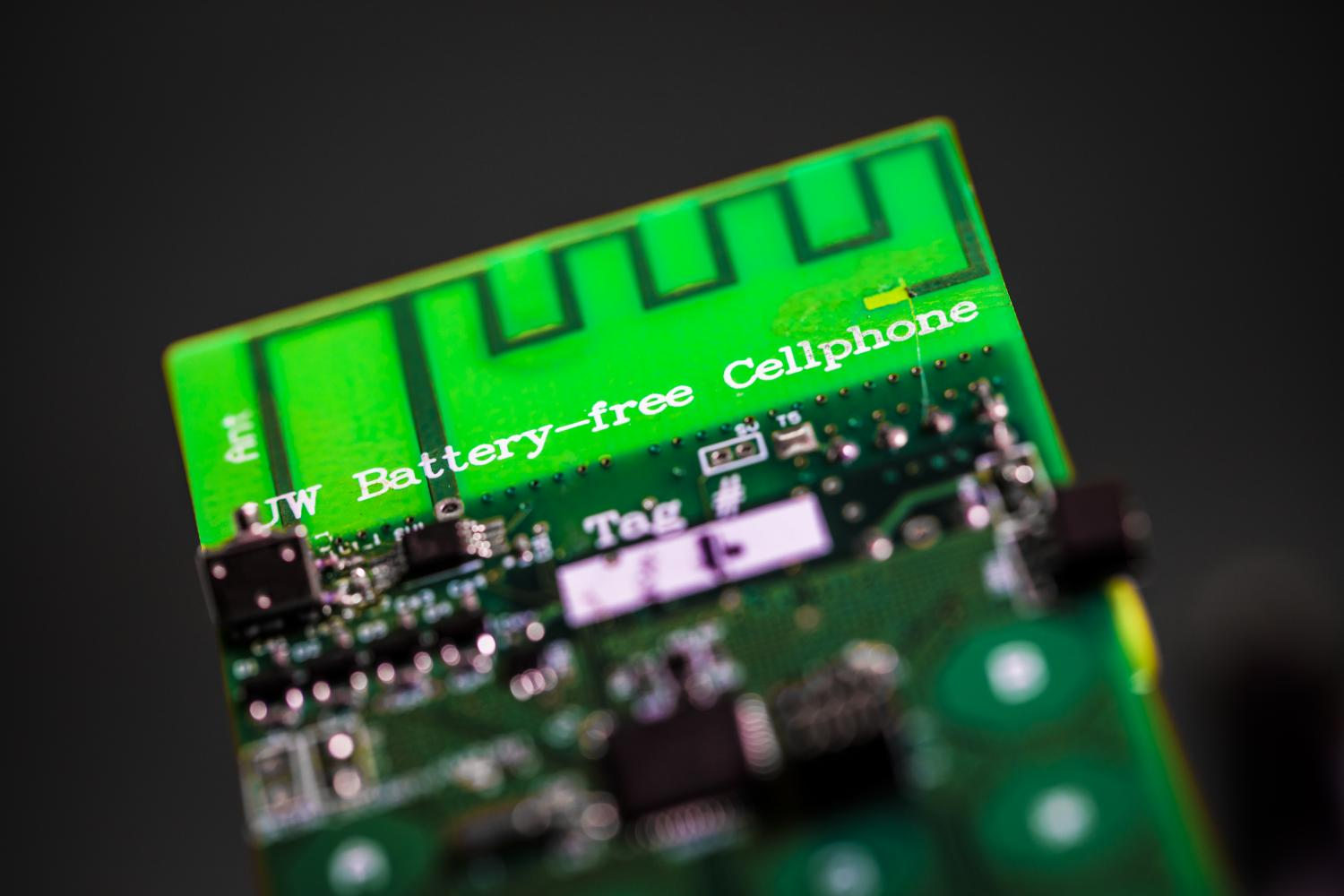 First Battery Free Cellphone Makes Calls By Harvesting Ambient Power Winged Insects Made From Old Computer Circuit Boards And Electronics Uw Engineers Have Designed The That Can Send Receive Using Only A Few Microwatts Of
