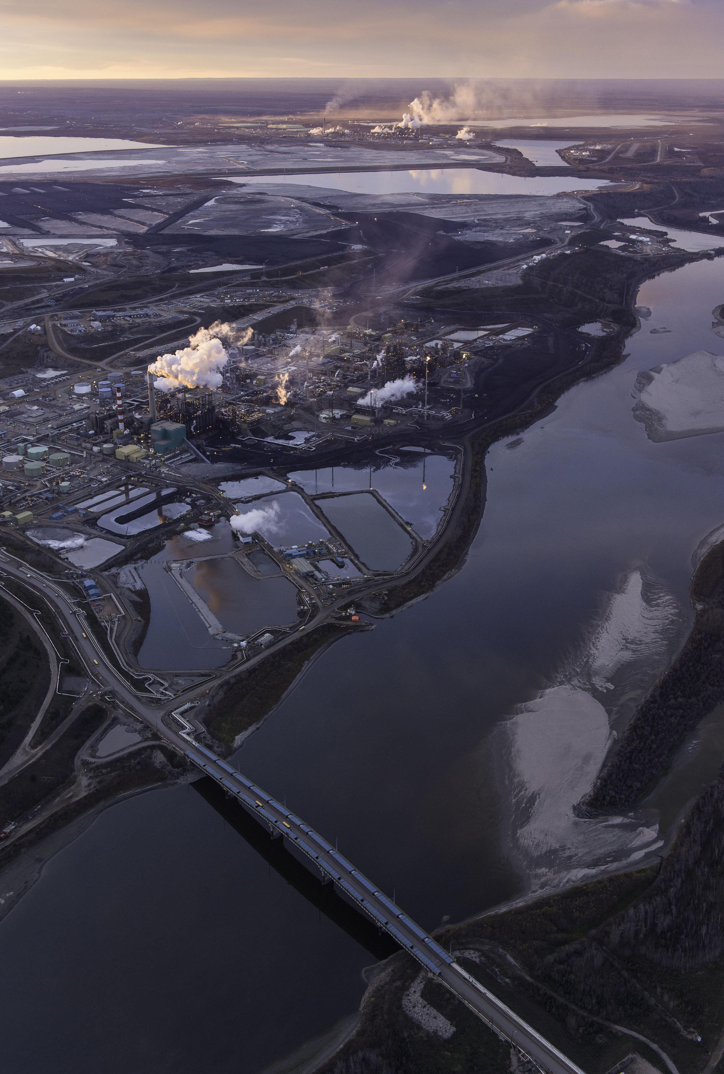 Heavy oils and petroleum coke raising vanadium emissions