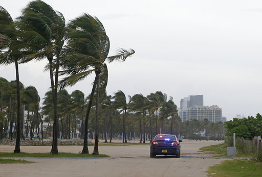 Hurricane Irma hits Florida Keys hard, now headed toward Florida mainland