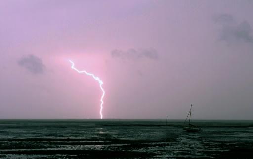 Lightning kills 22 in Bangladesh