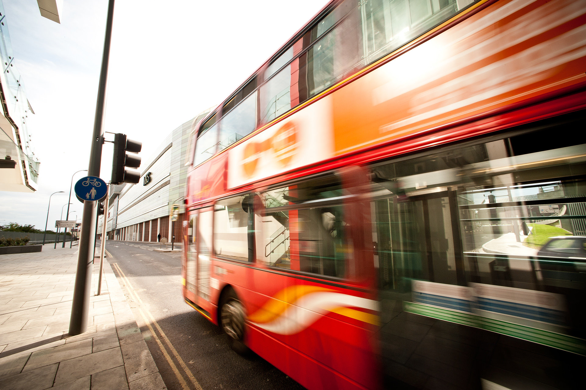 what are the benefits of public transport over private transport Ielts academic reading sample 95 - advantages of public transport  advantages of public transport  this included both the public and private costs of building .
