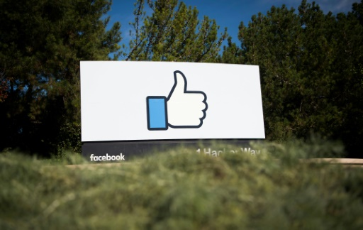 Man guilty of libel over Facebook 'likes', says Swiss court