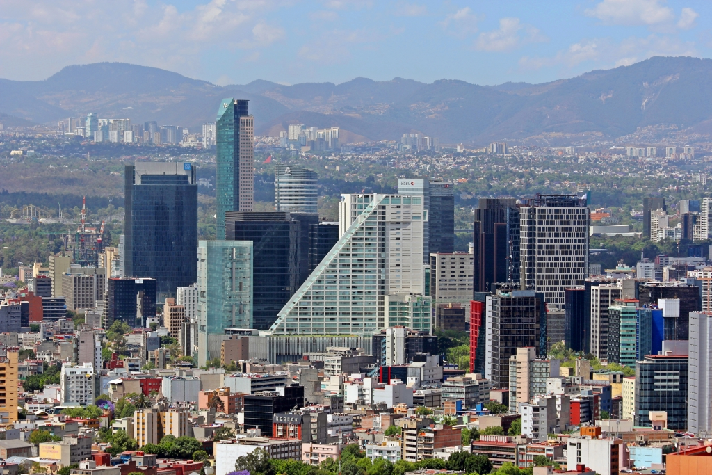 With Nearly 9 Million Residents Mexico City Has A Huge Water Demand But Many Problems Providing Enough For All Of Its Citizens