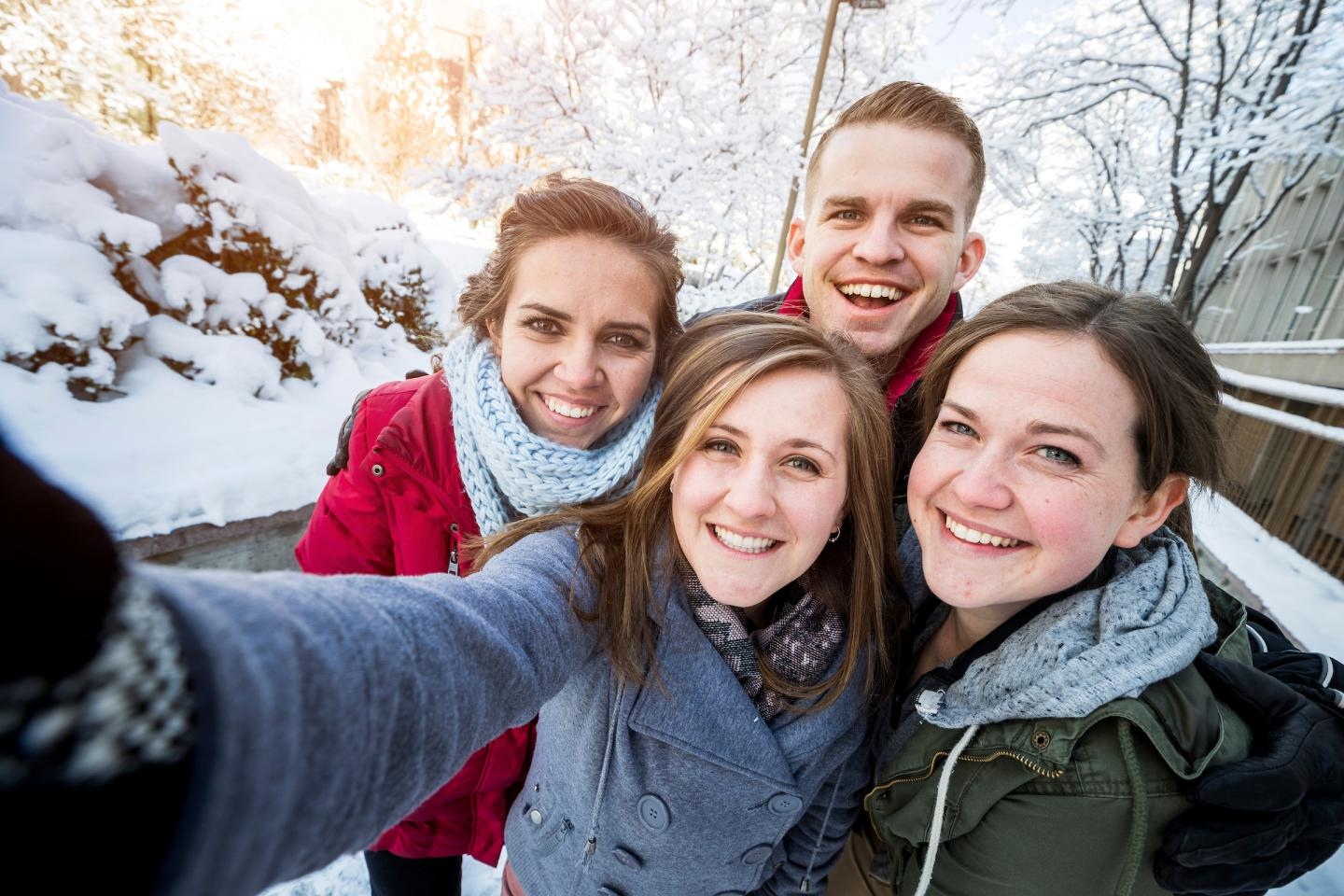 Most Selfie Takers Arent Narcissists Study Says - The 10 best selfies in history
