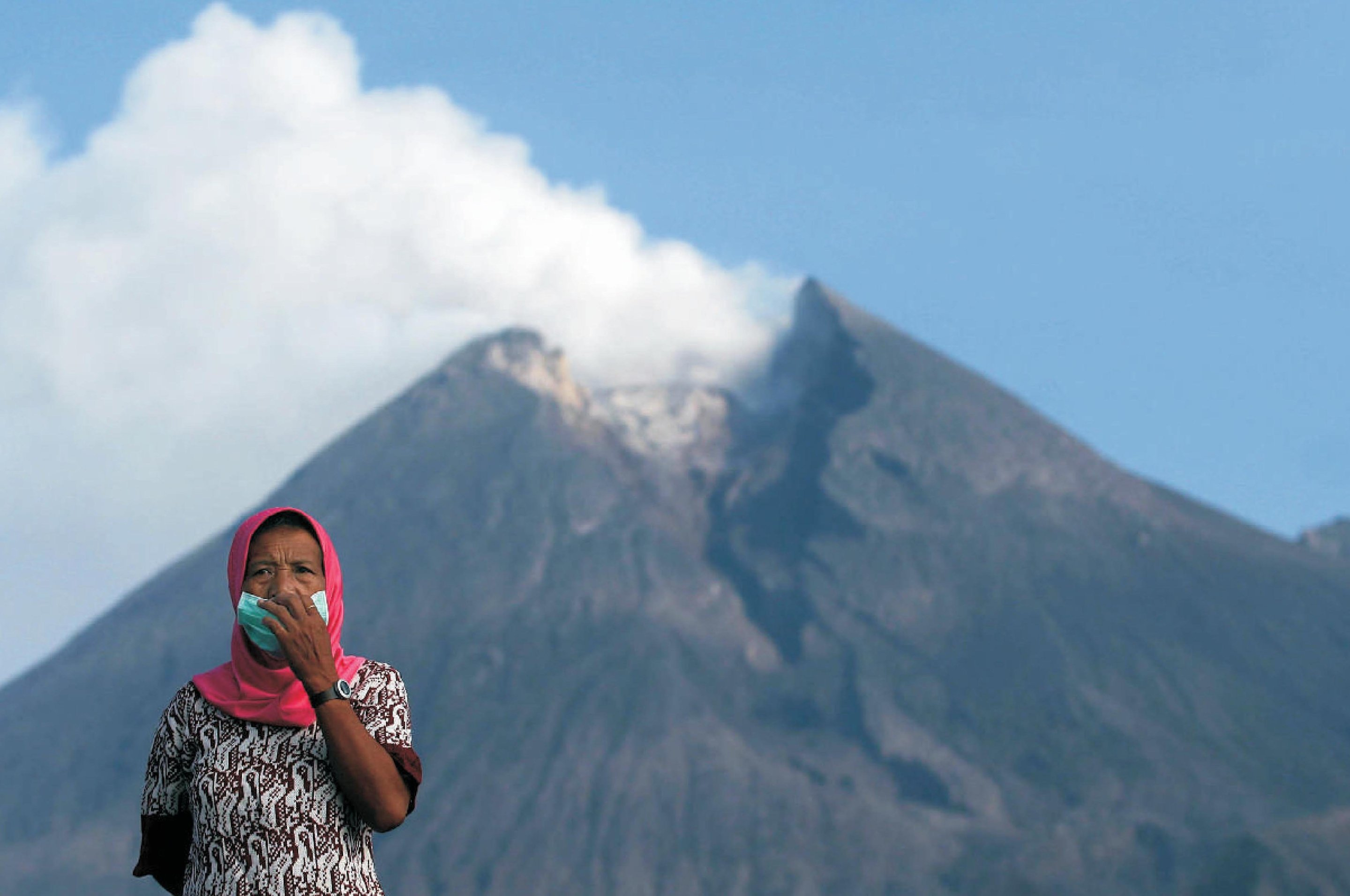 Industry-certified masks offer better protection from volcanic ash exposure