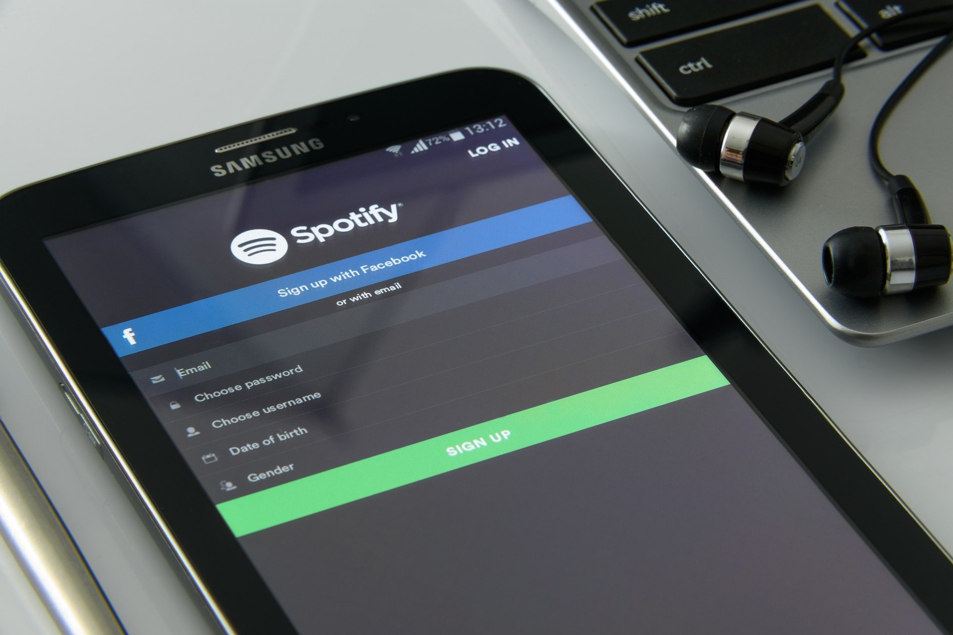 As Spotify gets into podcasts f15499d6e9f