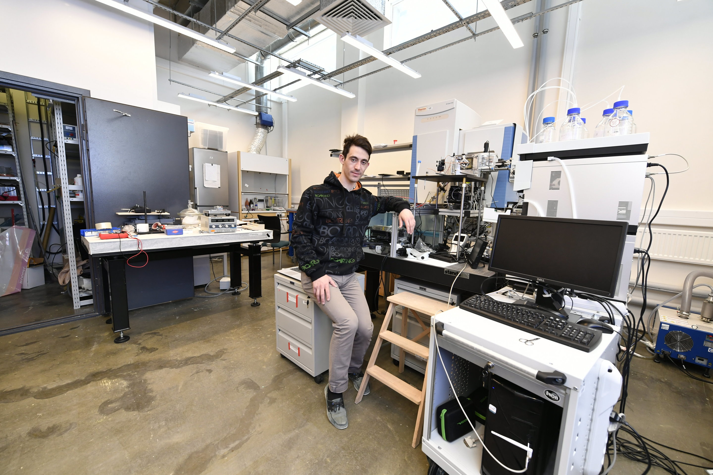 researchers design upgrade device for mass spectrometers