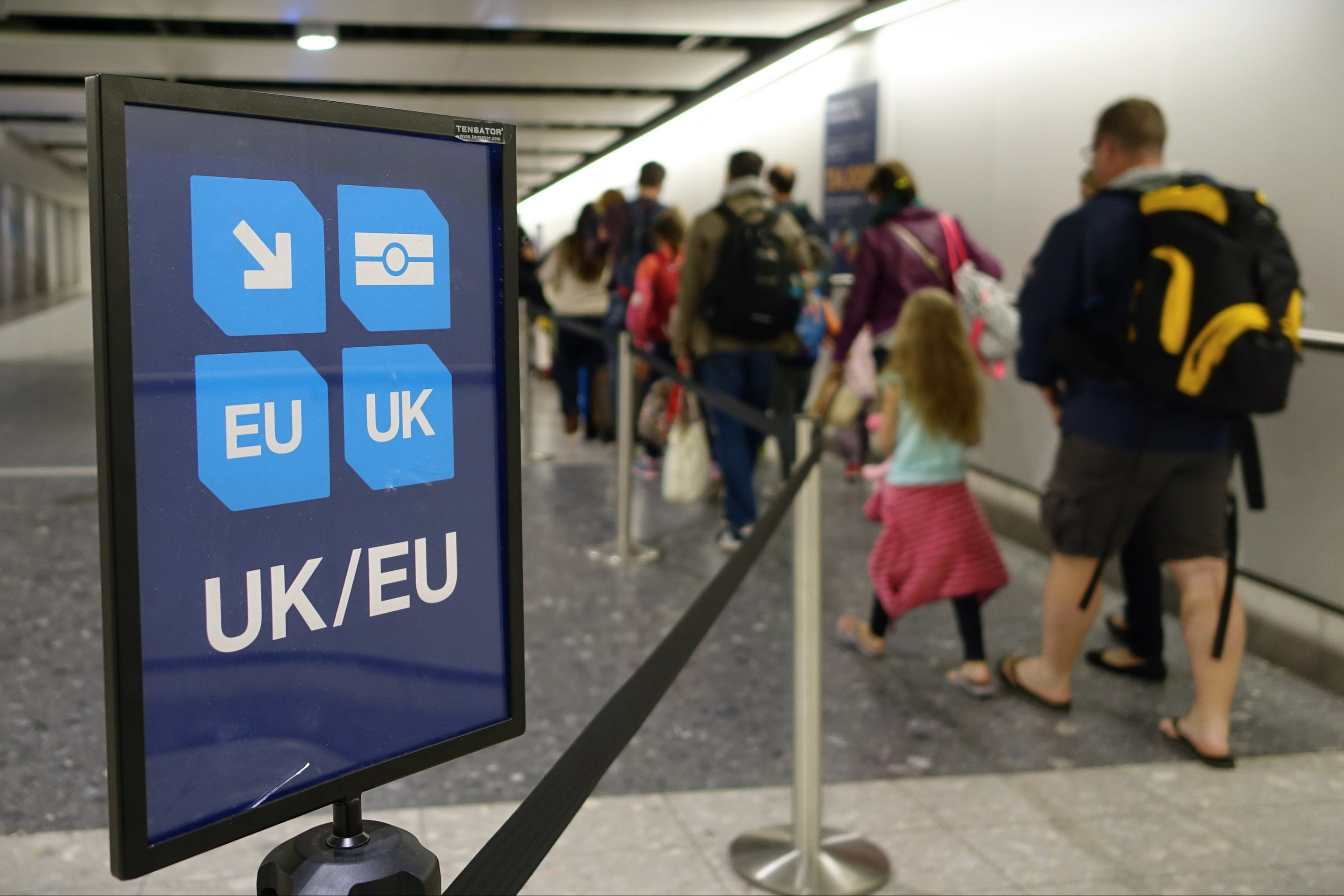 How to cut queues at immigration – with maths - Long Room