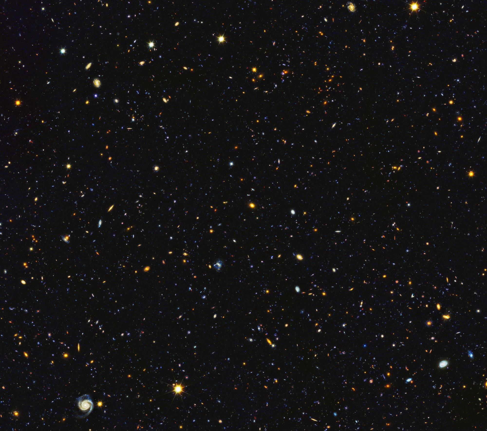 Hubble paints picture of the evolving universe for Immagini universo gratis