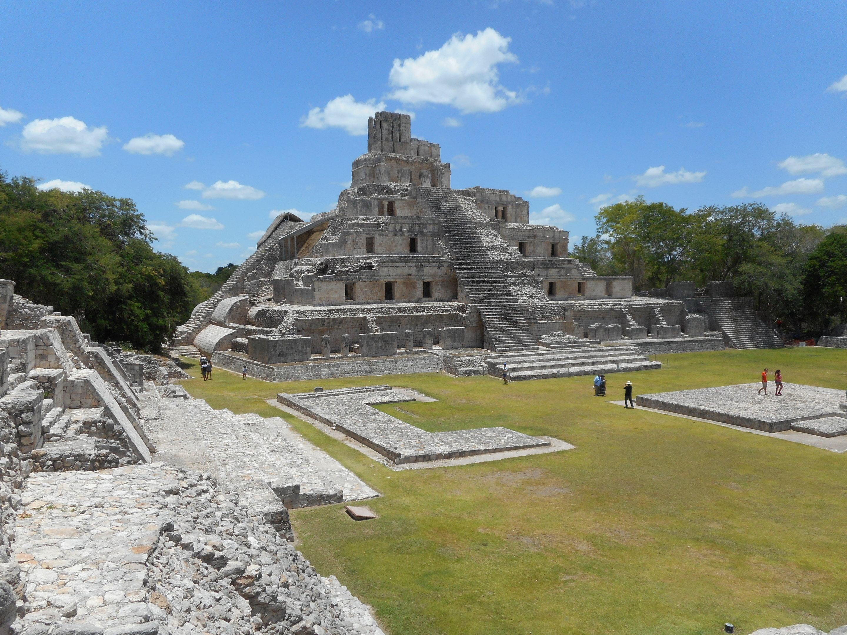 how was information passed down between generations of mayans