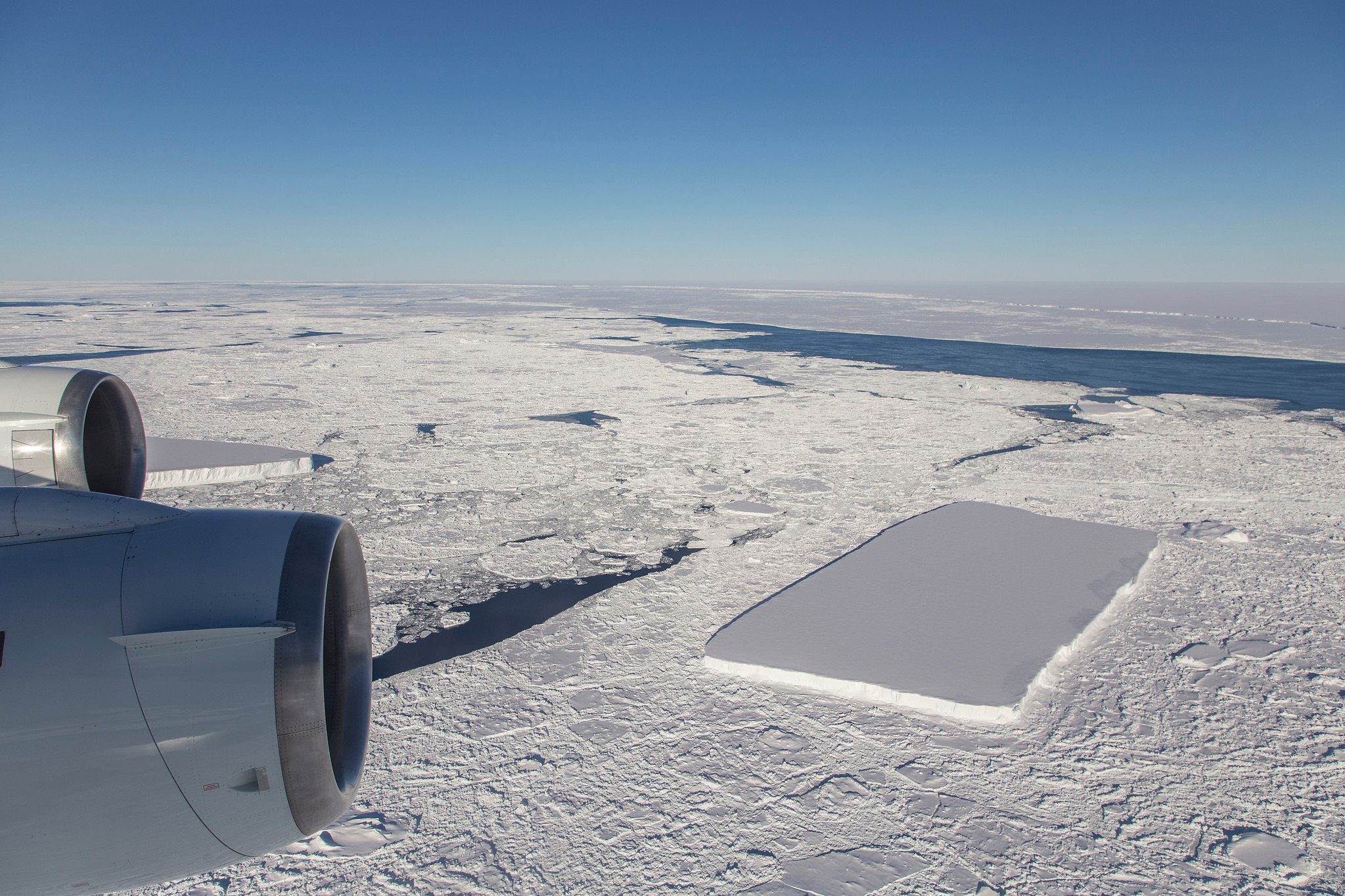 Two Rectangular Icebergs Spotted On Nasa Icebridge Flight