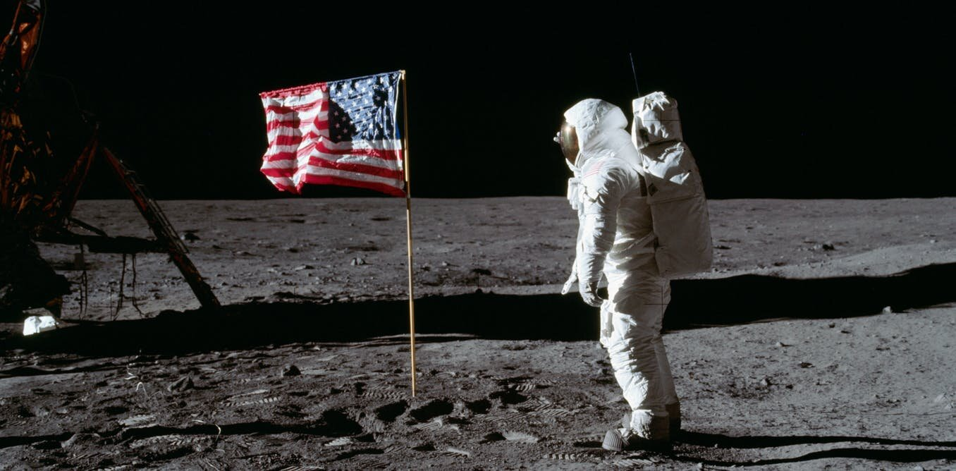 Film expert explains why Moon landing footage would have ...
