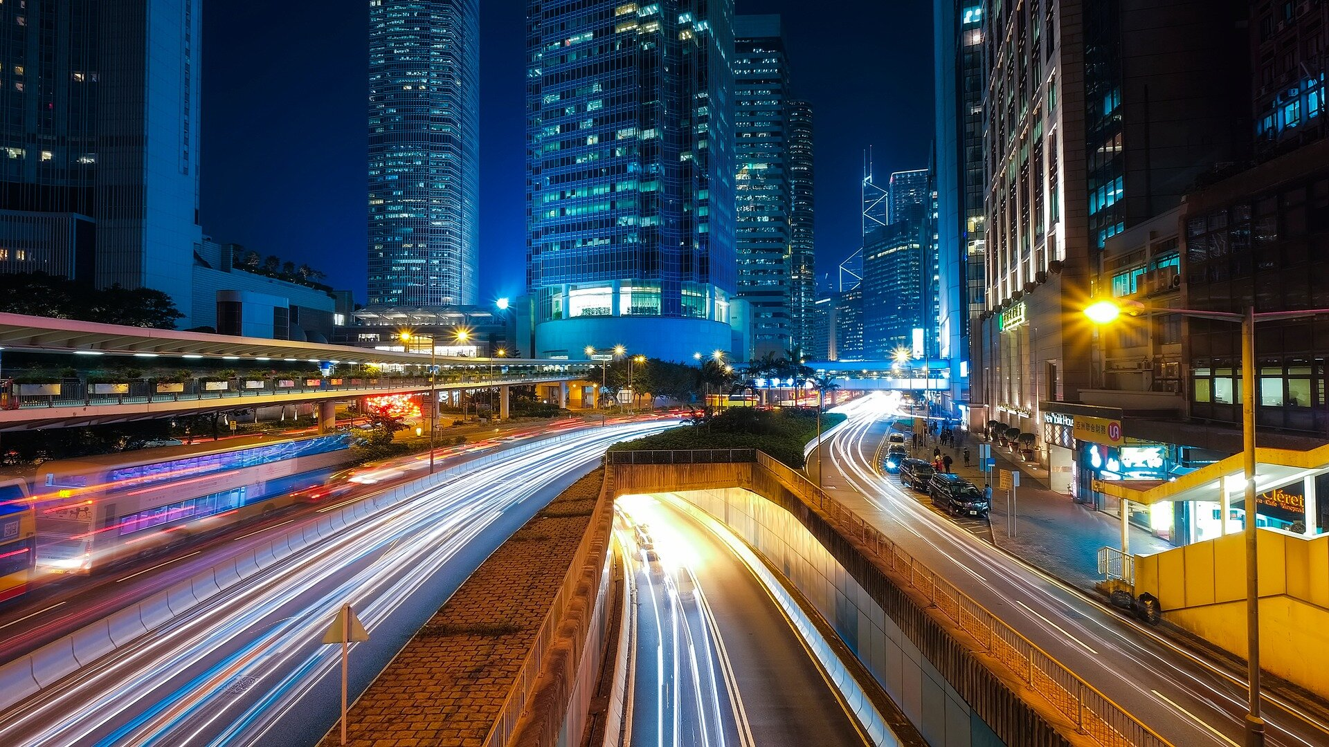 The effectiveness of real-time monitoring of drivers by insurance companies