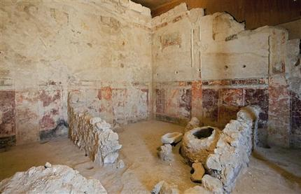 Archaeologists Find Theater Box At Herod S Palace