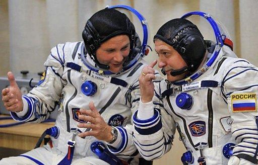 Russian, US astronauts blast off to ISS