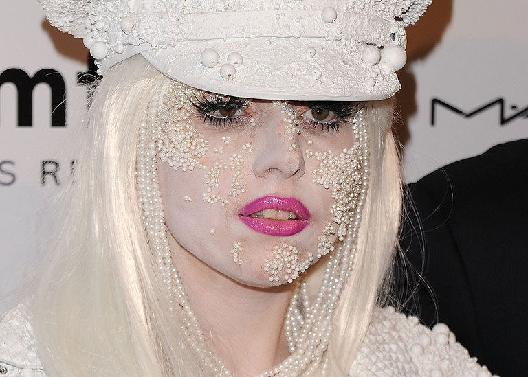 German Teen Hacker Apologises To Lady Gaga Report-9649