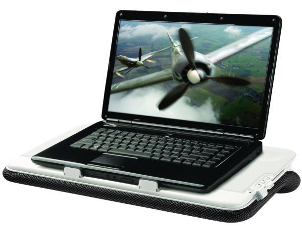 Gadgets Desk Keeps Your Computer Lap Cool