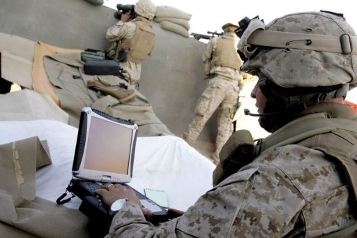 Us Military Lets Soldiers Tweet Blog And Facebook